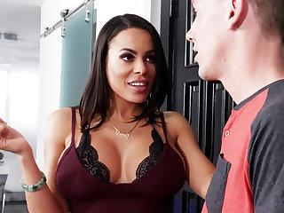 Hot mom seduced son's friend for hardcore sex