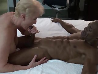 Cougar & Younger Bull Interracial Sex Video