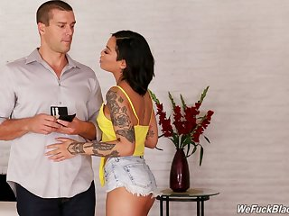 Tattooed wild hot cowgirl Honey Gold rides dick after fantastic blowjob