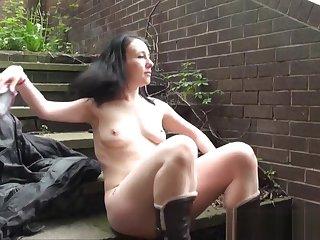 Flashing amateur babe Fae Corbins public masturbation
