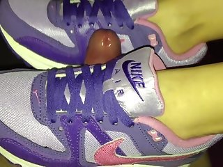 Nike Air Max Command Shoejob