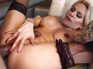 Blonde sexy tgirl slut fucked good