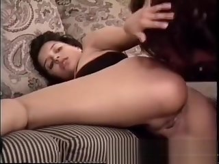 Francesca likes to suck cock