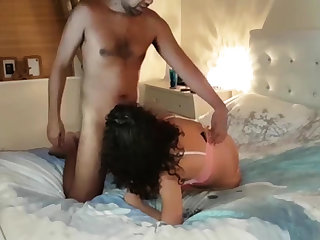 Amateur Arab skinny babe got fucked in a hotel room
