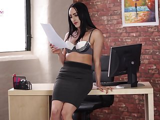 Leggy secretary Chloe Lovette is toying yummy wet pussy sitting on the table