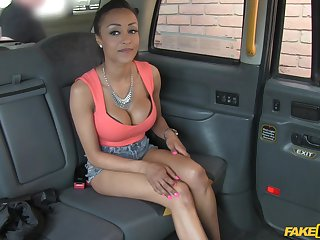 Beauty Alyssa Divine loves to be fucked deep in her tight asshole