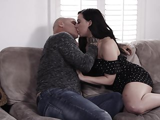 Babe named Whitney Wright gets rid of lingerie and rides strong cock