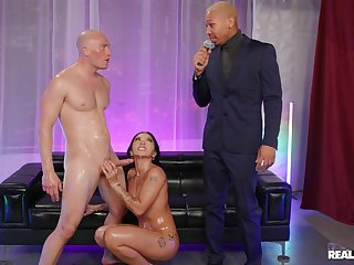 Wife gags with bald guy's big dick and fucks in insane modes