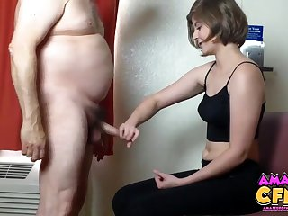 Amateur video of a chubby guy getting stroked by Dalia Page