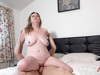 Horny mature lady and sexy stud meeting result in hardcore drilling and bed destruction