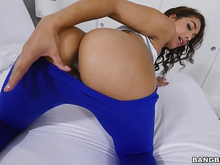 Stunning Latina babe reveals her lust in flawless POV