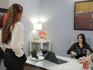 Smooth fucking in the office with provocative Veronica Vain
